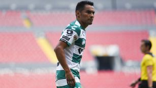 Gallito en un partido con Santos Laguna