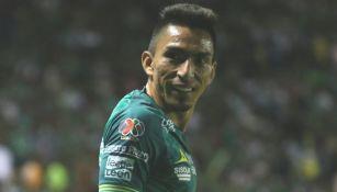 Ángel Mena, durante el partido ante Morelia