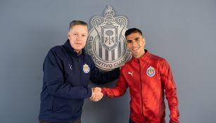 José Madueña junto a Ricardo Peláez