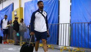 Martín Cauteurccio , tras un juego de Cruz Azul en el Azteca