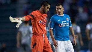 Jesús Corona y Christian Giménez como jugadores de Cruz Azul