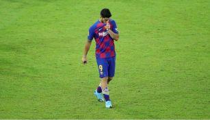 Luis Suárez lamentándose en un partido con Barcelona