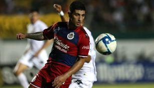 Chivas: Víctor Guzmán durante un partido amistoso