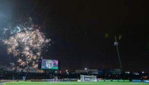 Fuegos artificiales, previo al encuentro en el Olímpico Benito Juárez