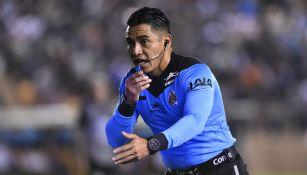 Victor Alfonso pitando la final del Ascenso MX