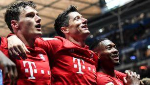 Jugadores del Bayern festejan una anotación frente al Hertha