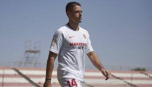 Chicharito se despidió del Sevilla