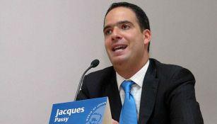 Passy, en conferencia de prensa