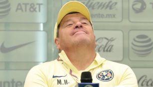 Miguel Herrera, estratega del América, en conferencia de prensa