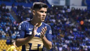 Barragán aplaude en un juego