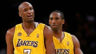 Lamar Odom junto a Kobe Bryant en un partido con los Lakers