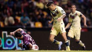 Leo Suárez, en el partido ante Puebla