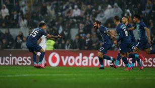 Porto derrotó al Vitória de Guimaraes