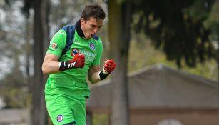 Cruz Azul debuta a Sebastián Jurado