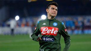 Hirving Lozano previo a un juego del Napoli