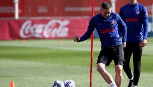 Héctor Herrera durante un entrenamiento con Atlético de Madrid