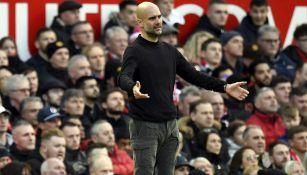 Pep Guardiola durante un partido del Manchester City