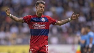 Cristian Calderón lamenta una falla con Chivas