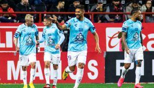 Pachuca celebra uno de sus goles en Tijuana