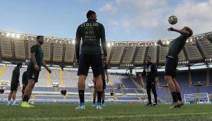 Jugadores italianos en entrenamiento