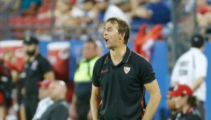 Julen Lopetegui durante un partido con Sevilla