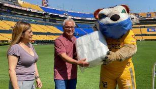 Tigres hizo donación de cubrebocas