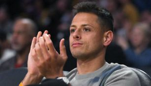 Chicharito en partido de los Lakers