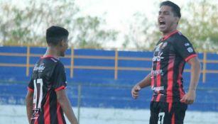 Fernando Villalpando celebrando un gol Walter Ferretti