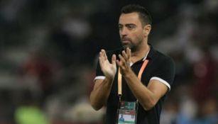 Xavi Hernández aplaude en un juego del Al-Sadd