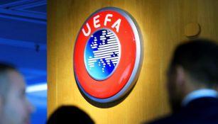 UEFA negó que haya fechas límite para terminar torneos