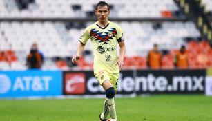 Paúl Aguilar en partido con América