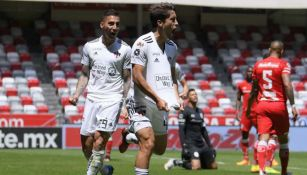 Javier Abella celebra su gol ante Toluca