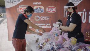 Grupo Orlegi y sus equipos donaron despensas