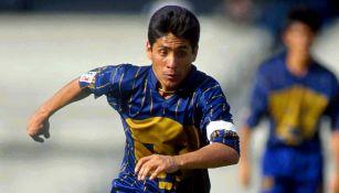 Jorge Campos en su paso por los Pumas