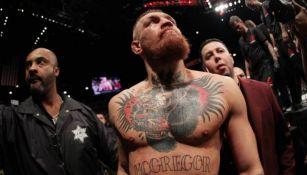 Triple H desea poder firmar a Conor McGregor para la WWE