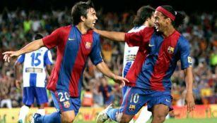 Deco y Ronaldinho en celebración