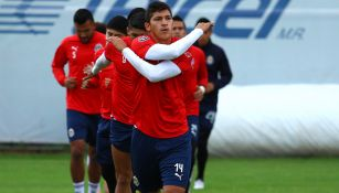 El Chelo, en un entrenamiento con Chivas