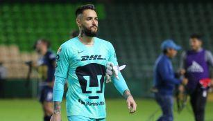 Alfredo Saldívar durante el Pumas contra León