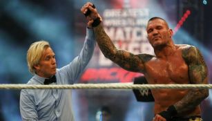 WWE: Edge, 'masacrado' por Randy Orton en Backlash 2020