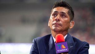 Jorge Campos, durante una transmisión de TV Azteca