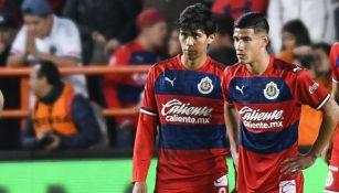 Uriel Antuna y JJ Macías con Chivas