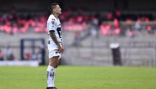 Juan Iturbe en un partido con los Pumas