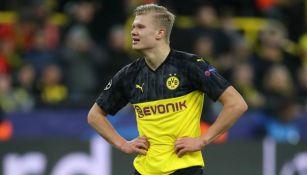 Erling Haaland se lamenta en un juego del Dortmund