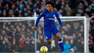 Willian festejando un gol con el Chelsea