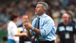 Javier Aguirre en el partido contra Italia de 2002