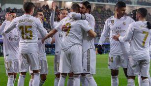Jugadores del Real Madrid festejan un gol en LaLiga