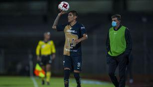 Jonathan Suárez  en un partido con Pumas de Copa por México