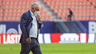 Memo Vázquez en partido con San Luis