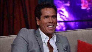 Roberto Palazuelos sonríe en una foto