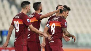 Jugadores de la Roma en celebración